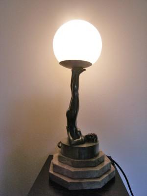 lampada da tavolo anni '40