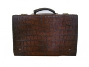 valigie-vintage-in-coccodrillo